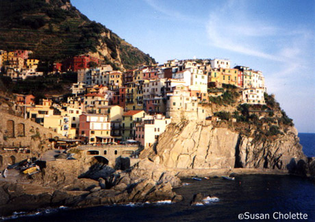 Cinque Terre Italy: Tourist Attractions, Tourist Informations ...